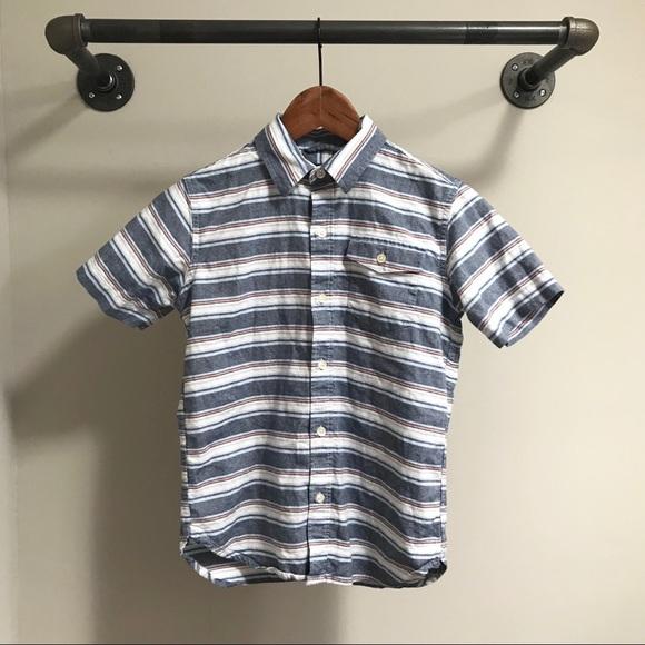GAP Other - GAP boys short sleeve button down shirt